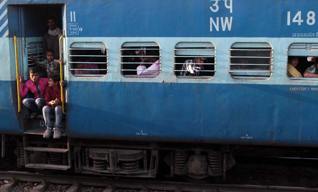 . A train in India. Shmuel Thaler/Sentinel