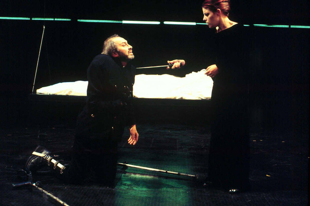 . Paul Whitworth and Coco Medvitz star in Shakespeare Santa Cruz\'s production of \'\'Richard III.\'\' (Photo courtesy of Greg Pio)
