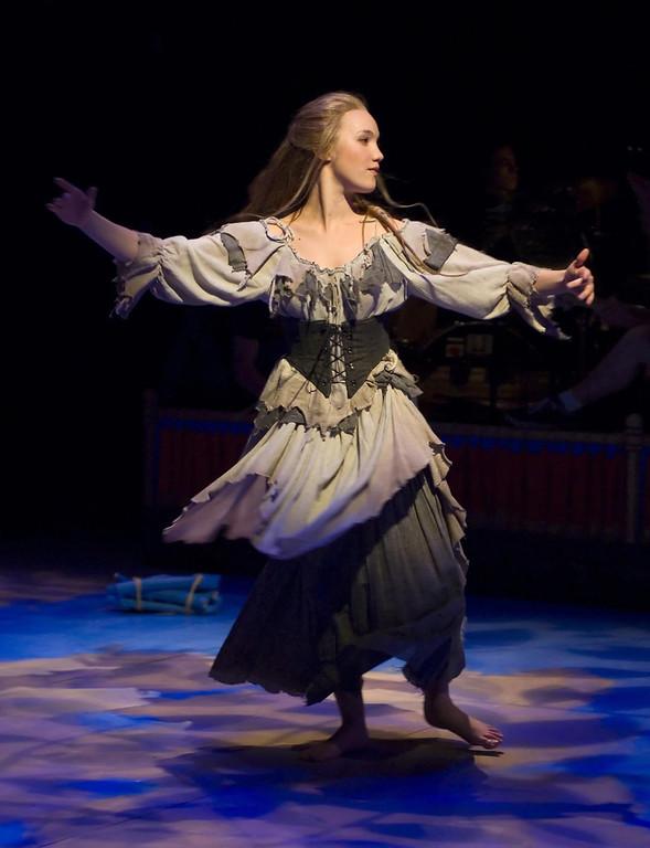 ". Shashona Brooks in Shakespeare Santa Cruz\'s production of \""Cinderella.\"" (Courtesy Steve DiBartolomeo/Shakespeare Santa Cruz.)"