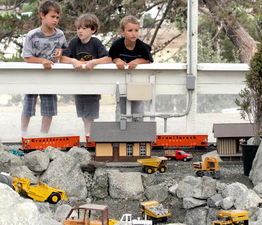 . Education Day at the Santa Cruz County Fair. (Shmuel Thaler/Sentinel)