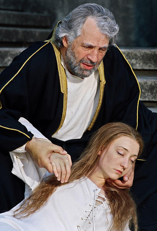 """. Lawrence Hecht as Lear and Mary McCool as Cordelia in Shakespeare Santa Cruz\'s 2006 production of \""""King Lear.\"""" (Photo courtesy of R.R. Jones, SSC)"""
