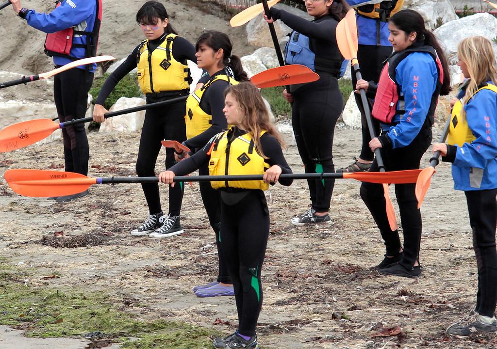 . Learning the art of paddling. Young Women in Science Kayak in Elkhorn Slough (Shmuel Thaler/Setninel)